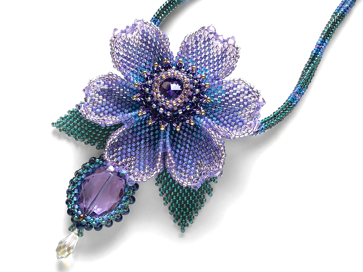 パープル・ブルーの一輪花ビーズネックレス