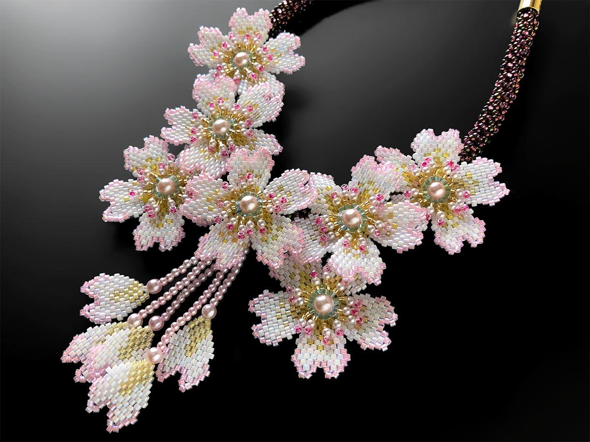 満開桜のキラキラビーズネックレス