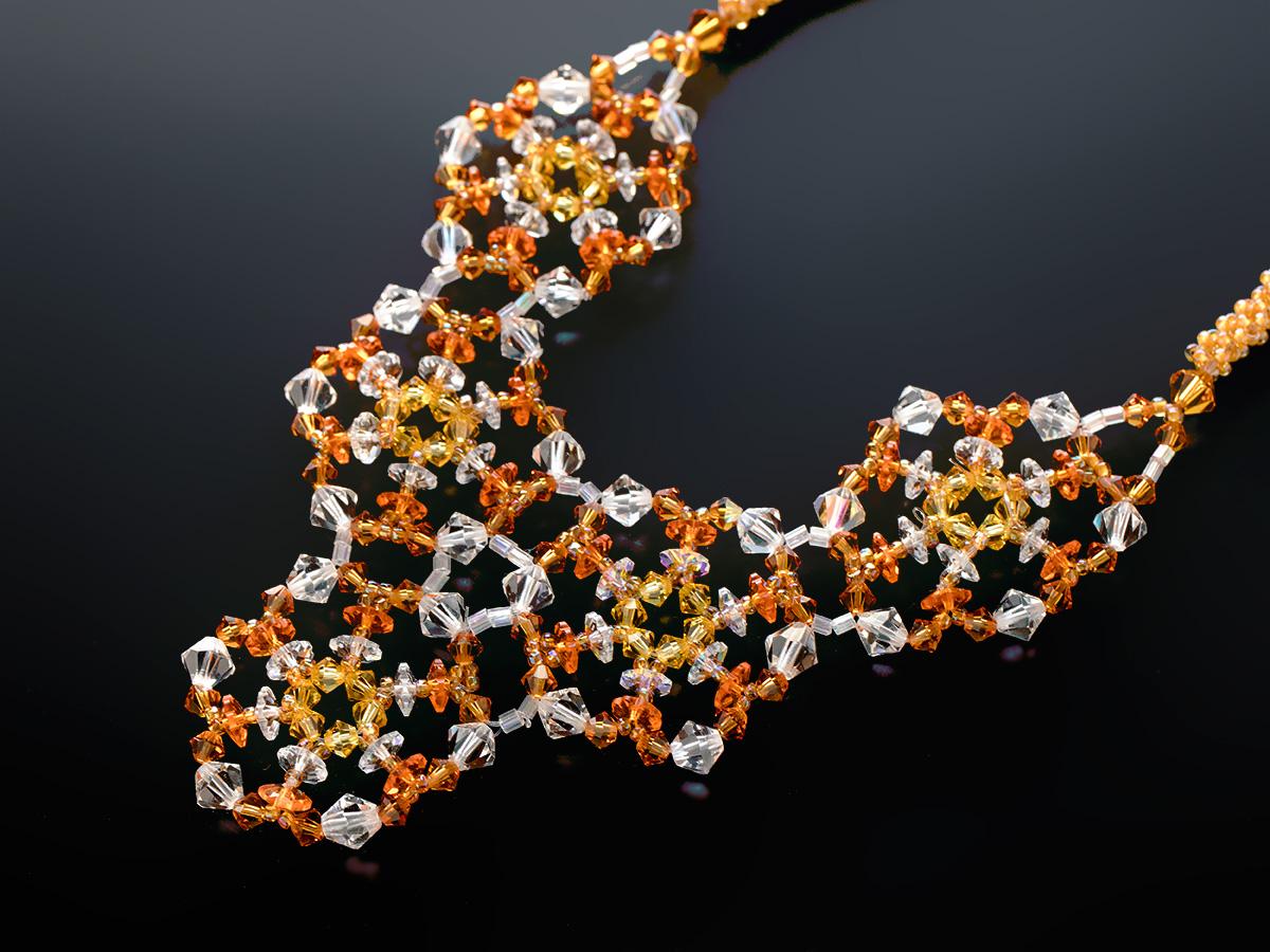 スワロのキラキラデザインネックレス